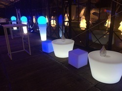 TABLE TULIPE LED